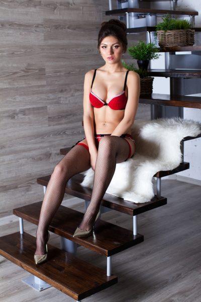 Denisa Escort